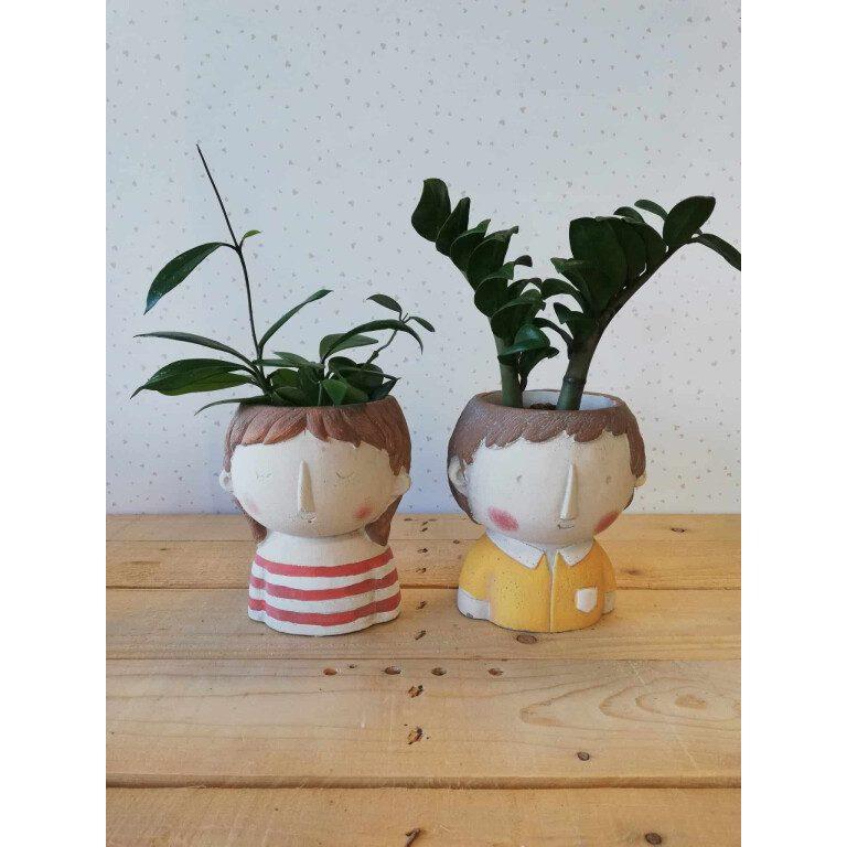 bambini aristocratici vasi per piante